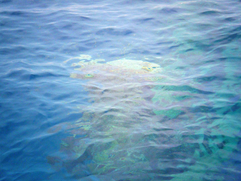 Schiffswrak unter Wasser