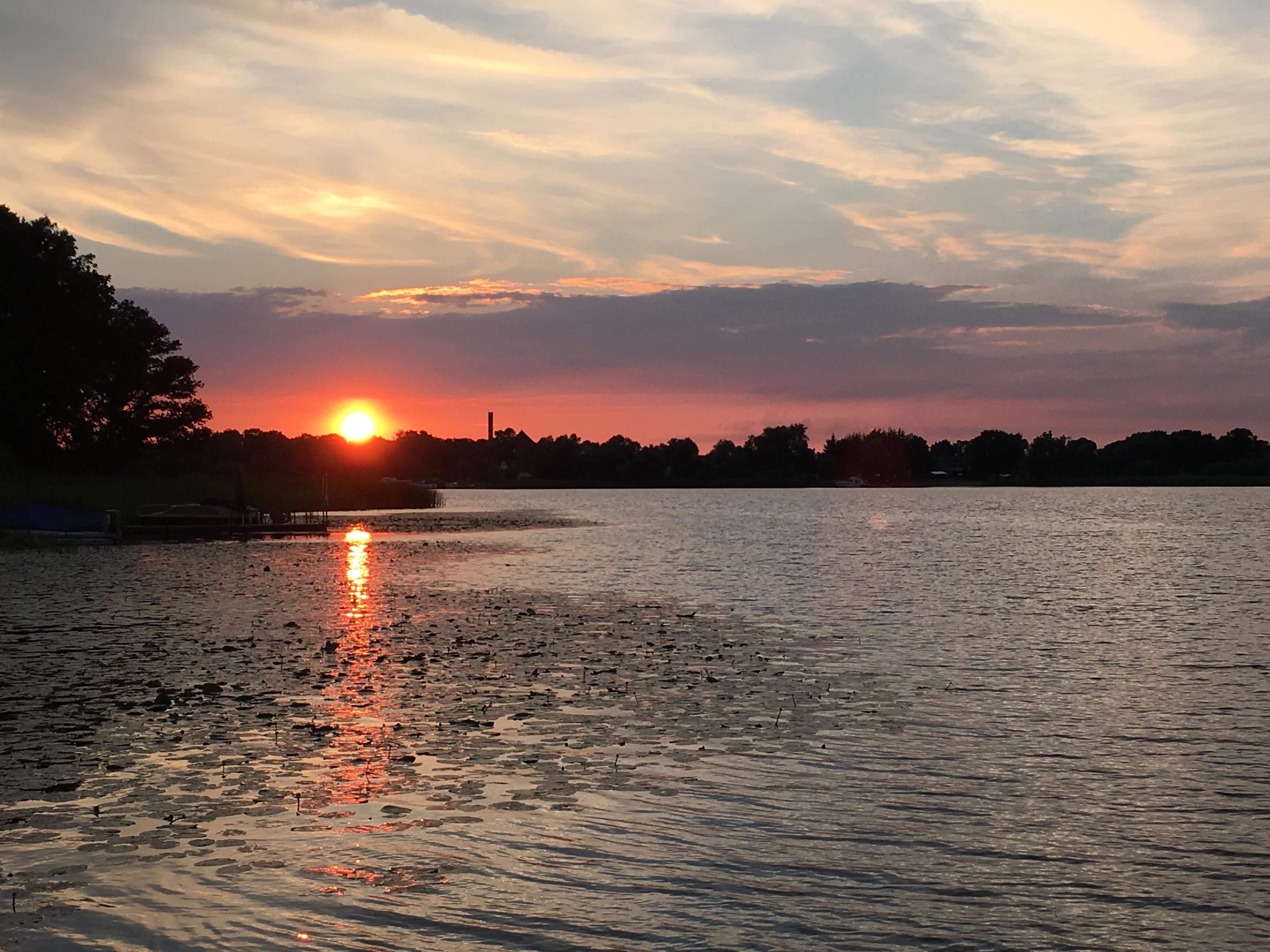 Sonnenuntergang Hausboot Abenteuer