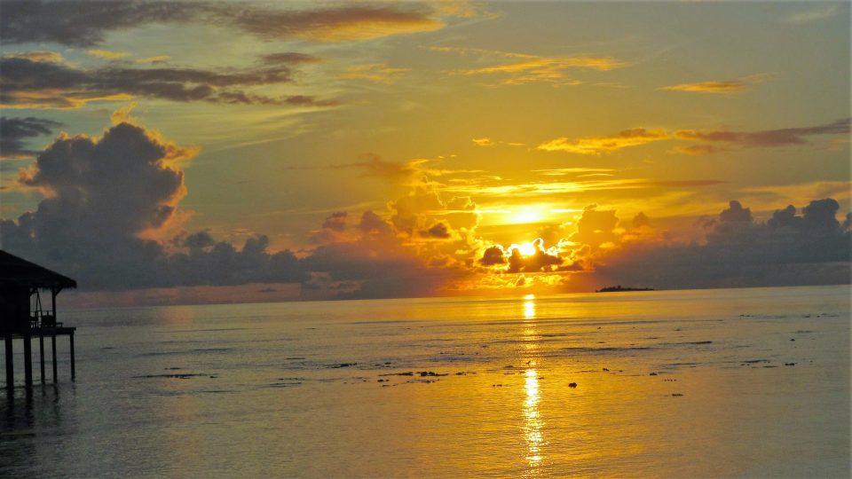 Sonnenuntergang Poolbar