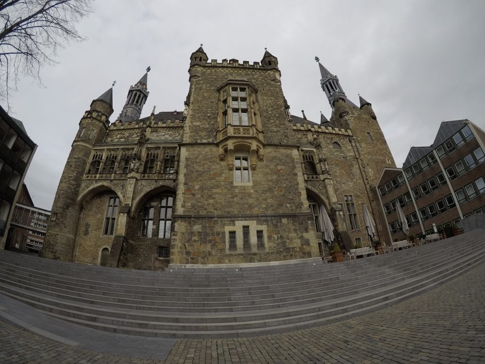 Rathaus Aachen von hinten