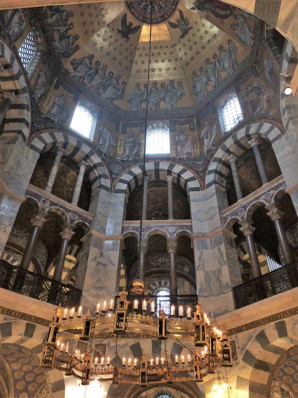 Dom von Innen 1