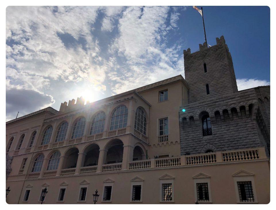 Fürstenpalast auf dem Rundgang durch Monaco