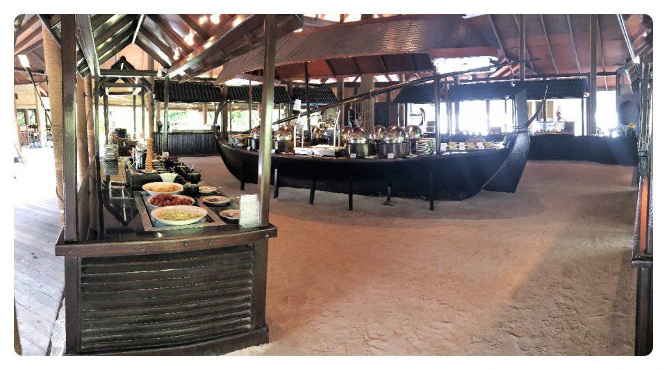 Hauptrestaurant bestes Hotel Malediven
